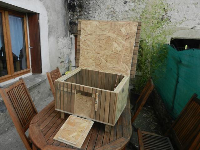 Fabrication d'un petit poulailler d'appoint Clapie15