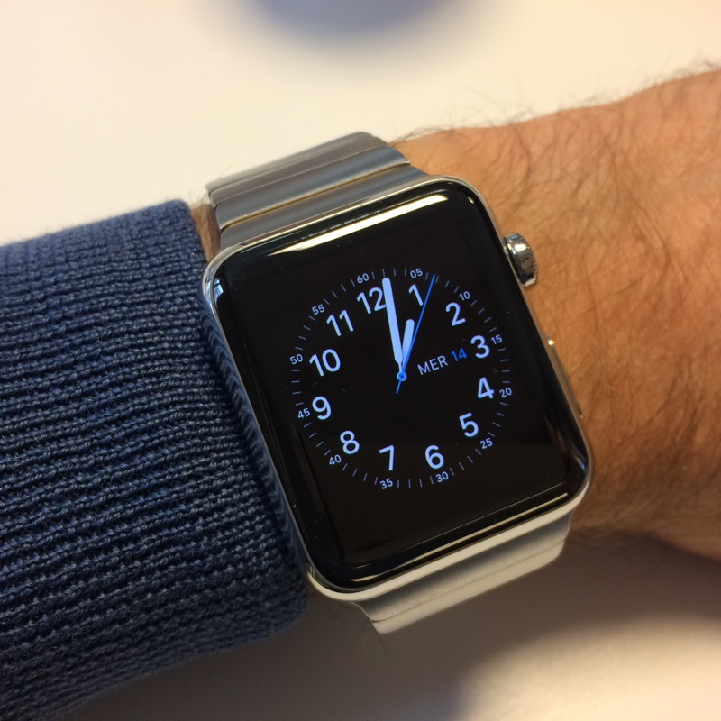 Apple Watch pour qui? - Page 7 Applew10