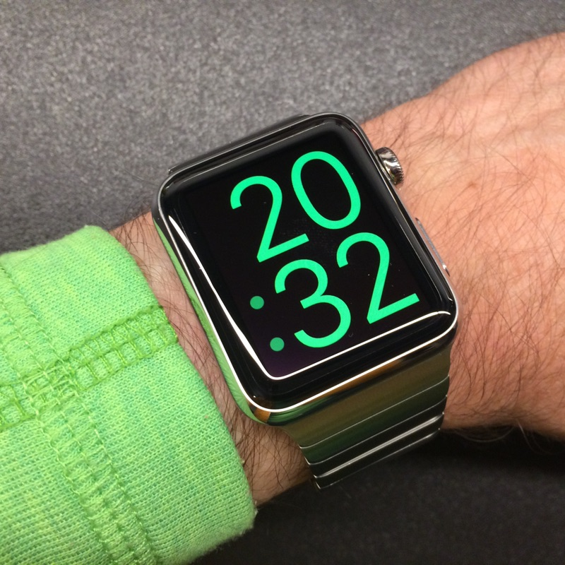 Apple Watch pour qui? - Page 7 Applew12