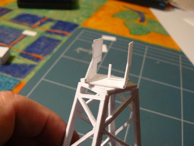 Diorama Mistel 1 - les préparatifs d'un grand BOUM - Page 5 Grue1212