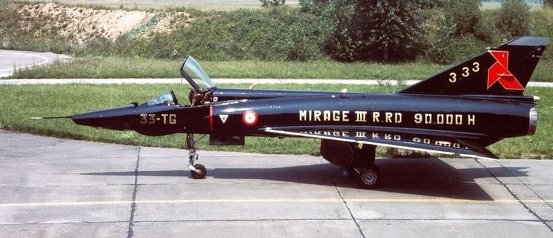 Mirage III RD de ER 3/33 Moselle en 1988 (Heller) 011c10