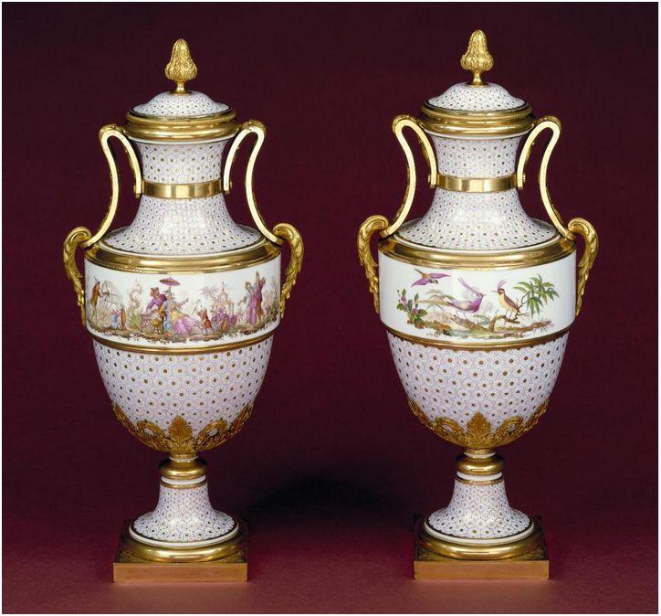 La Chine à Versailles, art & diplomatie au XVIIIe siècle - Page 4 Sevres11