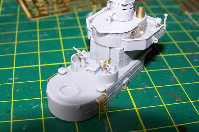 USS Murphy DD603 (Dragon 1/350 USS Laffey Classe Benson) 100_0718