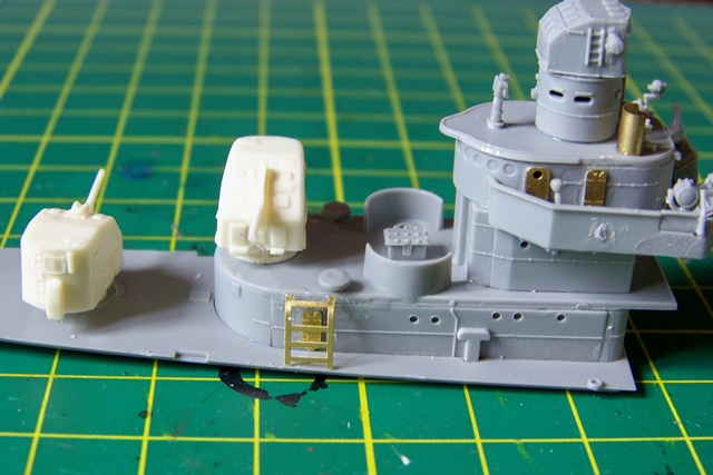 USS Murphy DD603 (Dragon 1/350 USS Laffey Classe Benson) 100_0725