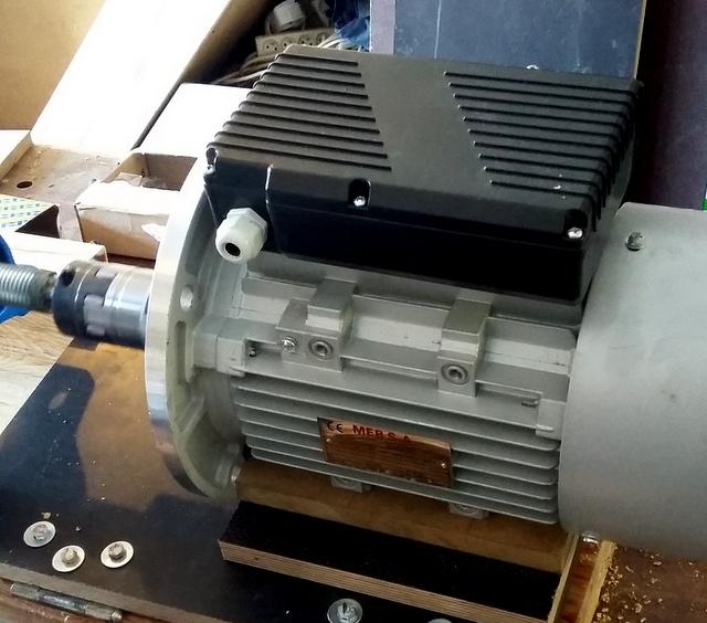 Réalisation de futs de batterie en bois tourné 20160811