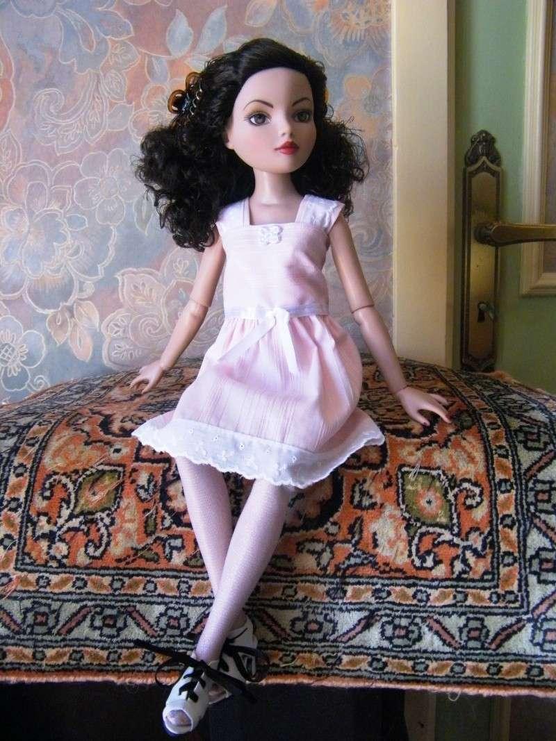 Mes poupées Ellowyne Wilde. De nouvelles photos postées régulièrement. - Page 4 My_ell25