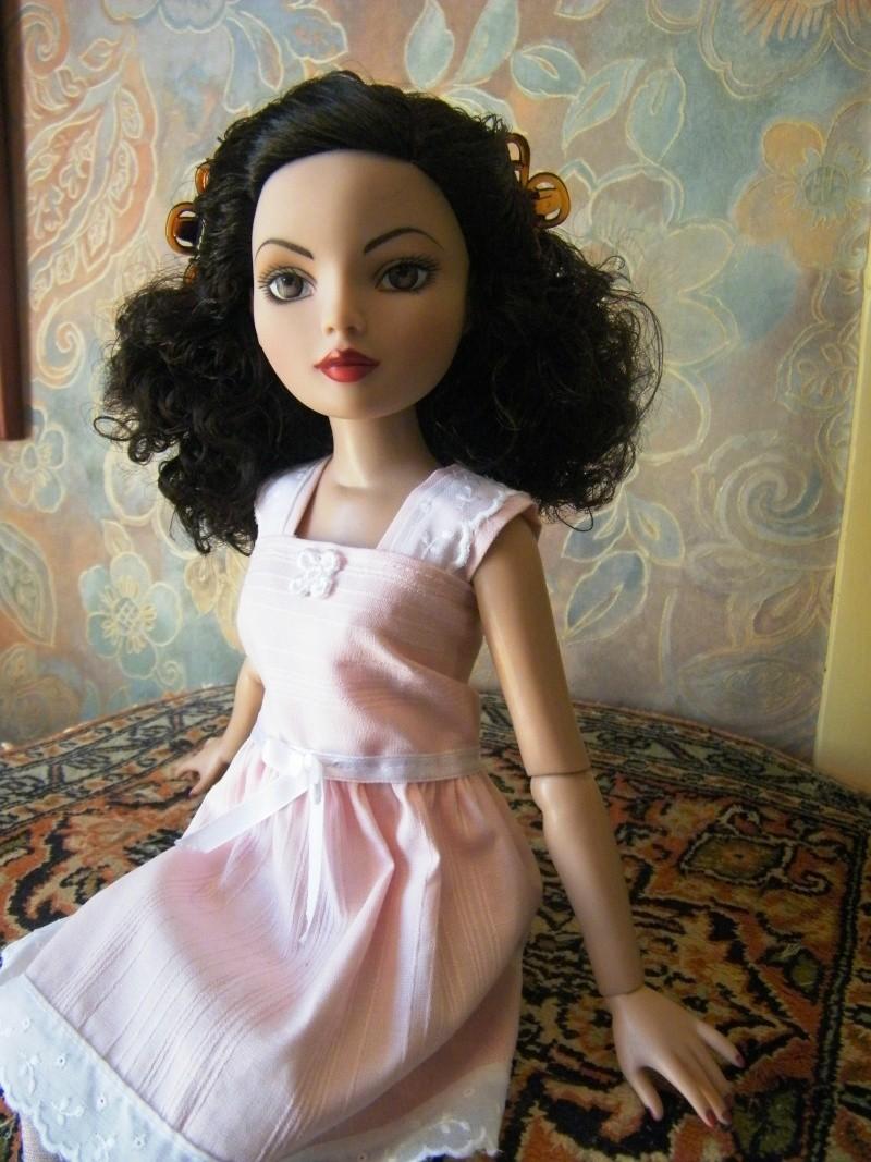 Mes poupées Ellowyne Wilde. De nouvelles photos postées régulièrement. - Page 4 My_ell26