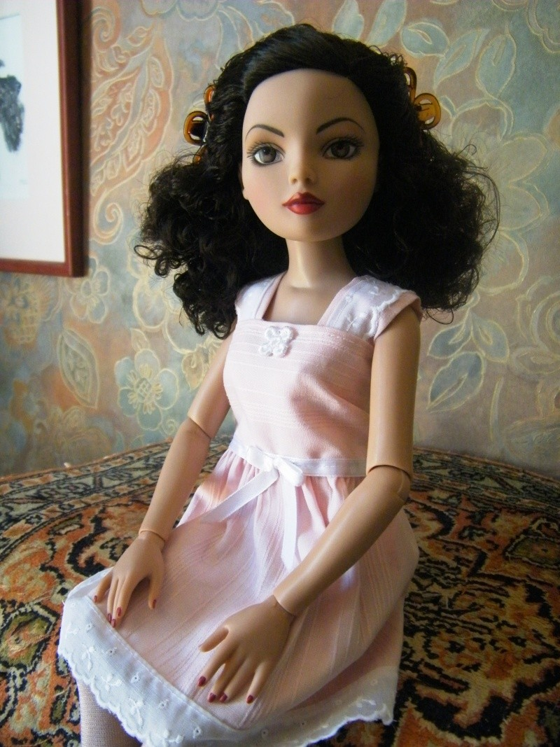 Mes poupées Ellowyne Wilde. De nouvelles photos postées régulièrement. - Page 4 My_ell27