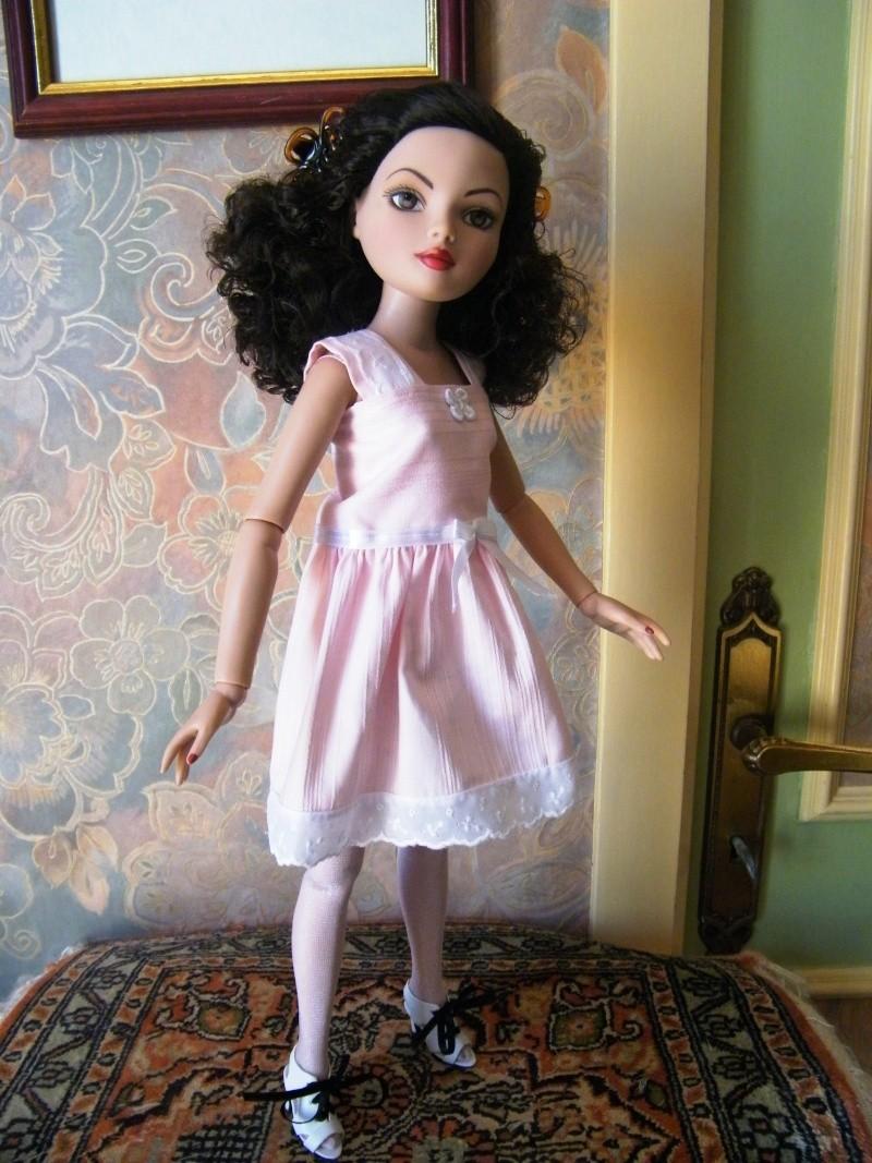 Mes poupées Ellowyne Wilde. De nouvelles photos postées régulièrement. - Page 4 My_ell28