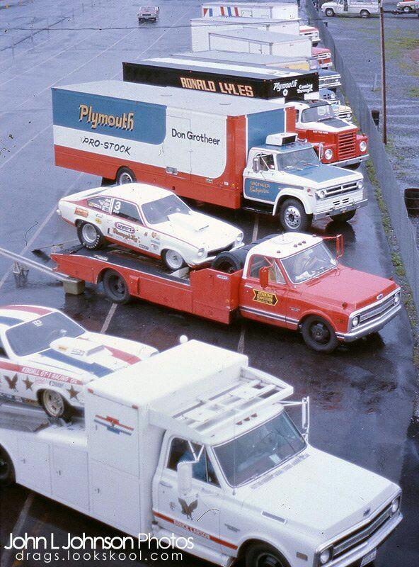 Pour les amateurs de Racing car haulers  114