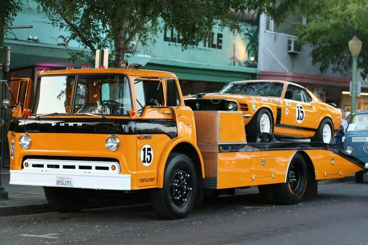 Pour les amateurs de Racing car haulers  513