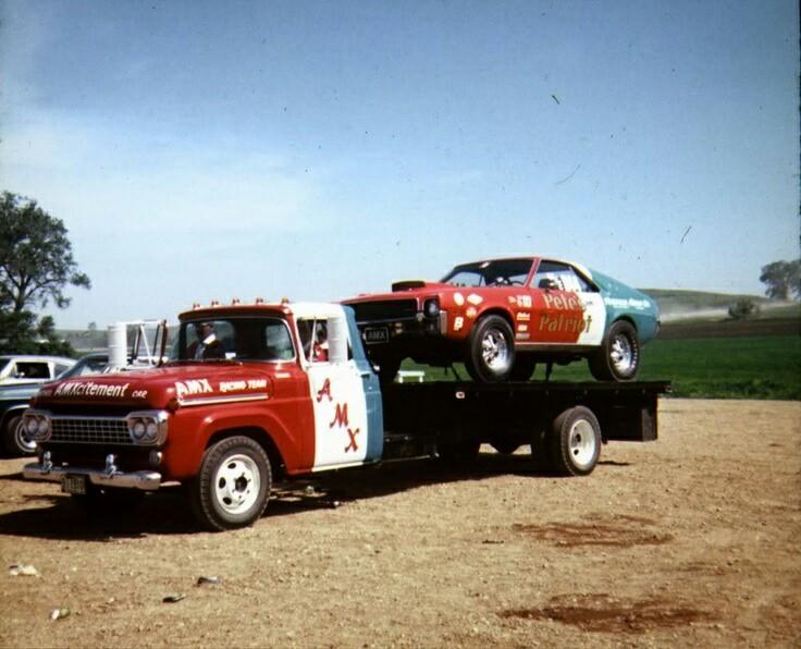 Pour les amateurs de Racing car haulers  613