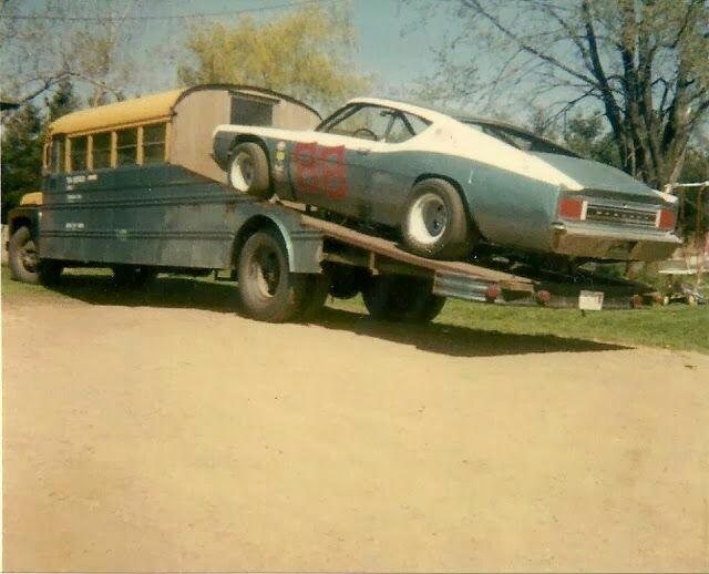 Pour les amateurs de Racing car haulers  913