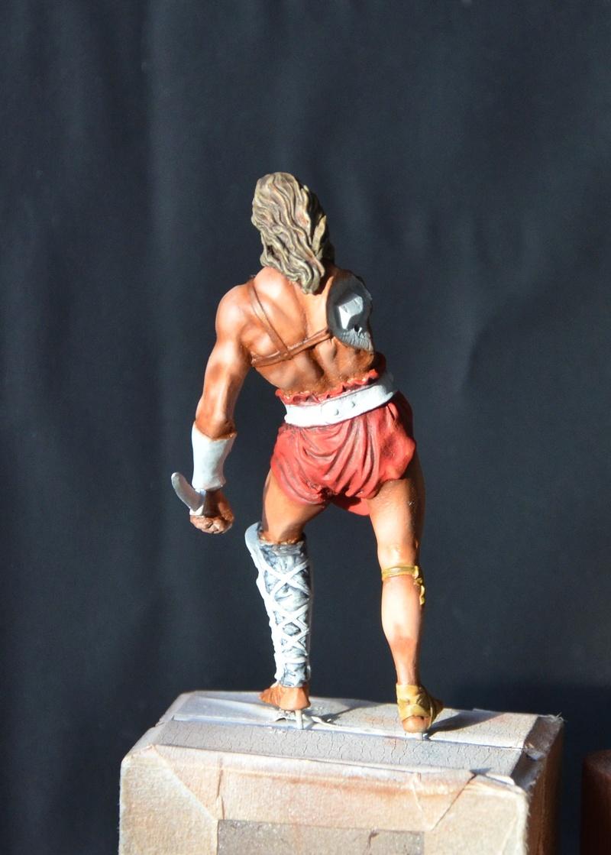 gladiator de chez ARES Dsc_0120