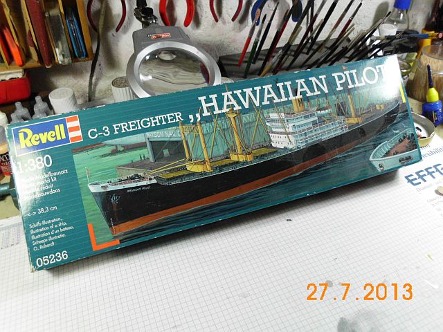 Revell 05236 - Hawaiian Pilot 1/380 - Fertig 120