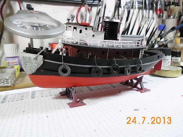 Revell 05207 - Hafenschlepper 1/108 - Fertig 9a10