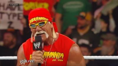 #RAW82 : Hulkster Guest Host tonight 1213