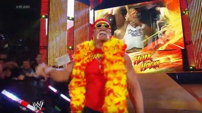 #RAW82 : Hulkster Guest Host tonight 414