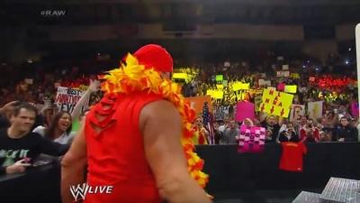 #RAW82 : Hulkster Guest Host tonight 616