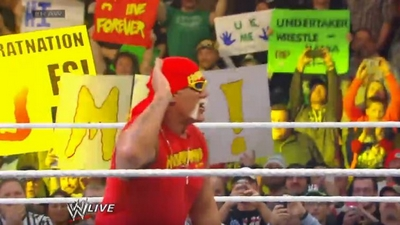 #RAW82 : Hulkster Guest Host tonight 815