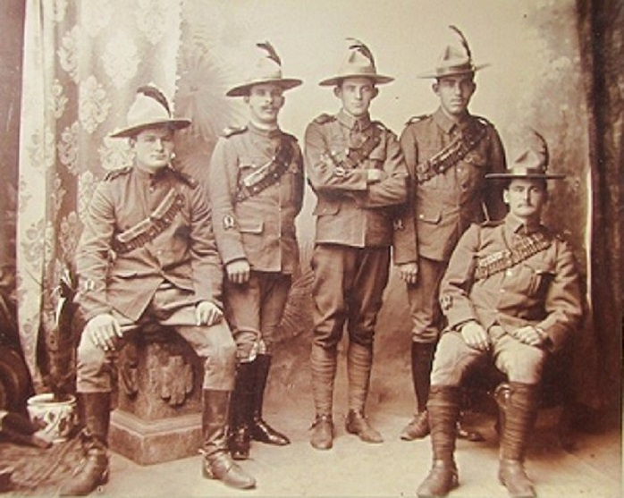 A Few Canadian Heros.....   The South African Constabulary Sac_ga23