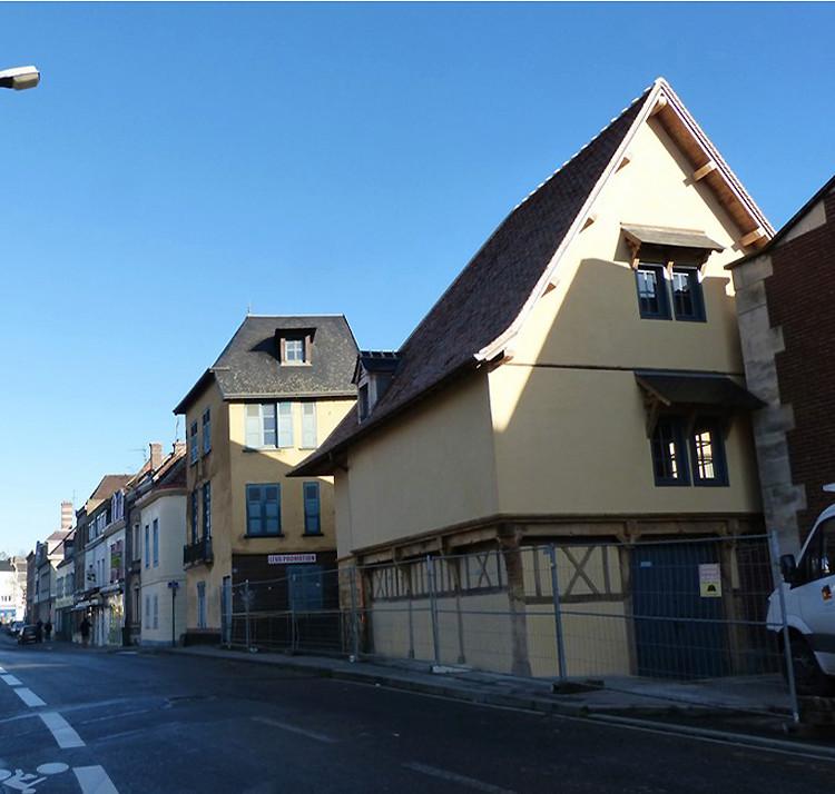 [Enfin visible sur Google Earth] - Le Moulin Passe-Avant (Amiens Somme) O2-i6l10