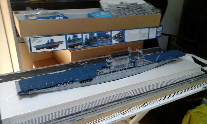 USS CV-2 LEXINGTON  CARRIER 05/1942 au 1/350° de Trumpeter - Page 2 2010