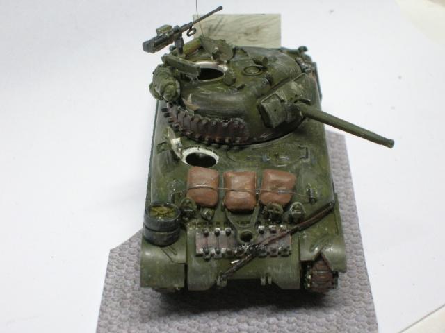 Sherman M4-A1 --ESCI 1/72 plus Jeep 1/4 ton Italeri 1/72 ----FINI------ Dscn4011