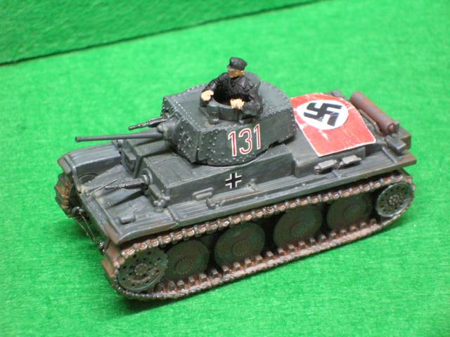 Panzer Pz.-38T   ---1/72----Pegasus    FINI Dscn4029