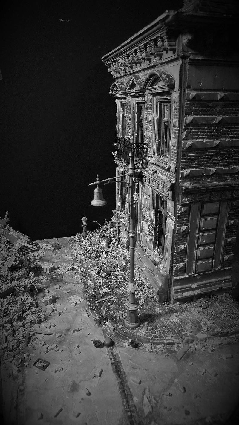 La chute, Berlin 1945 - Page 4 Ruines10