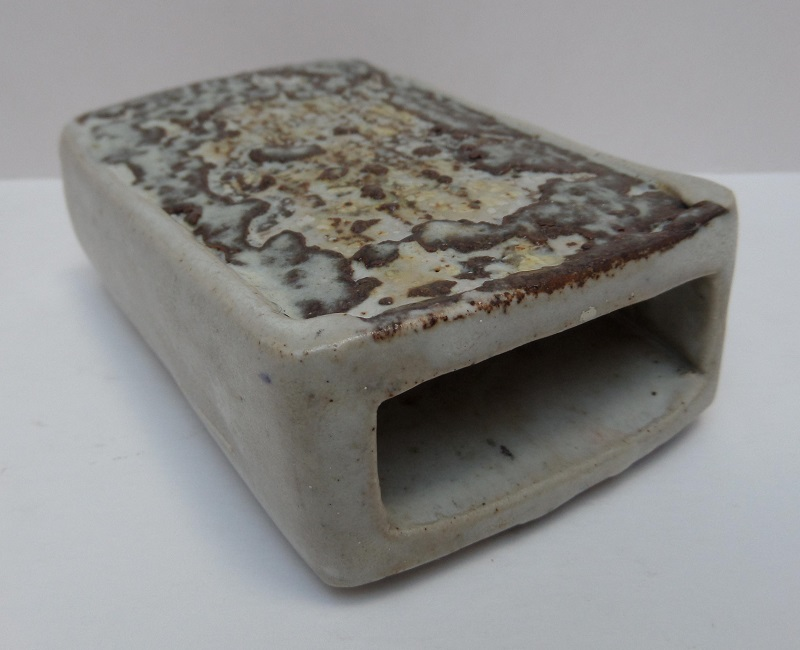 Slab built vase with seal Cr or Cs? - Christopher Green, S. Africa?  Marksp44