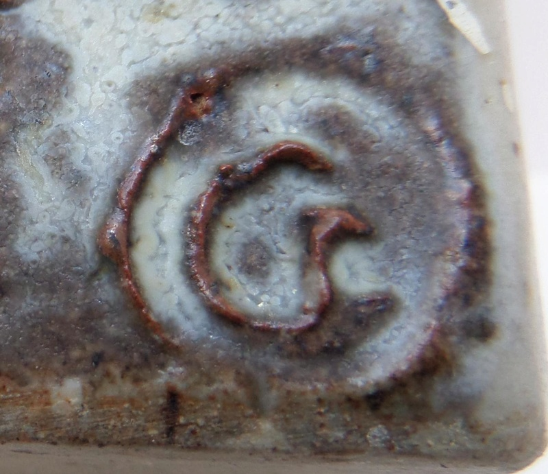 Slab built vase with seal Cr or Cs? - Christopher Green, S. Africa?  Marksp46