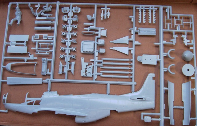 North American Mustang Mk.IVA (P51-K) / Airfix, 1:24 Pict5126