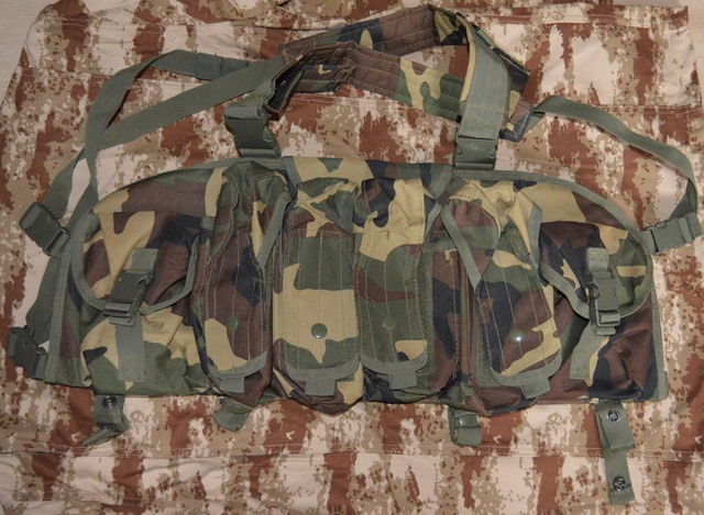 Chest rig woodland  Dsc_0814