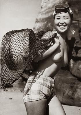 L'obscur monde des vieilles plongeuses professionnelles japonaises  Ama10