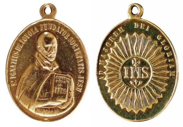 Recopilacion 180 medallas de San Ignacio de Loyola P1080910