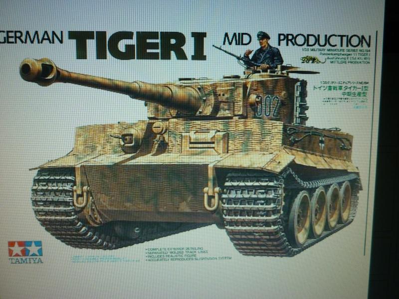 TIGRE I tamiya 1/35 P1060610