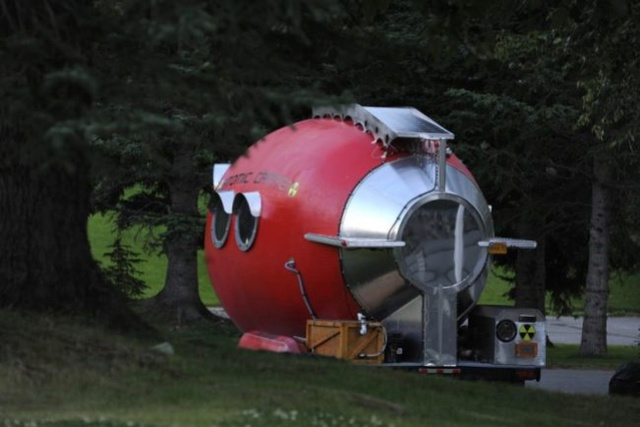 Atomic Camper Is a Unique Solar-Powered Home-Made Trailer Tmp_4110