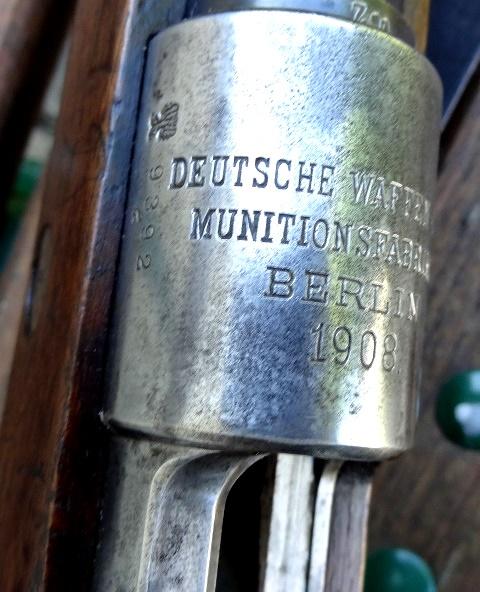 G98 : marquages de boitier Dsc03511