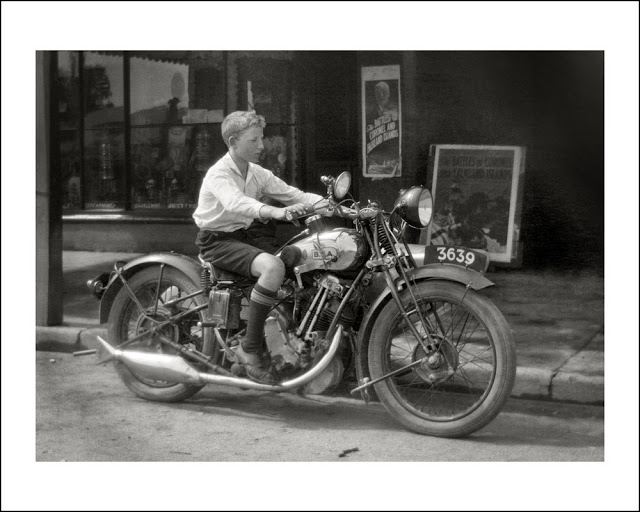children on motorcycles Funny_11