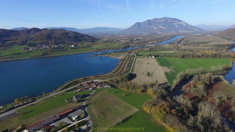 Ouverture des chemins autour de Massignieu-de-Rives 07112010
