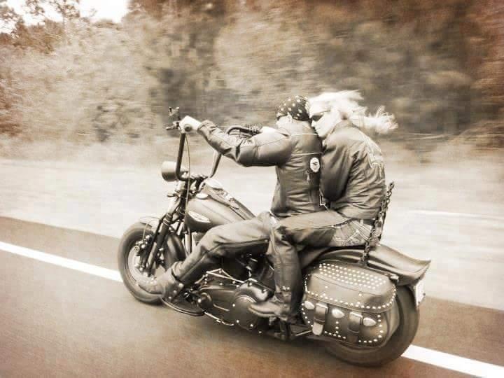 Biker et fier de l'être - Page 7 Ride10