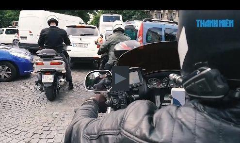 La découverte de Paris en moto-taxi GL1800 Captur19