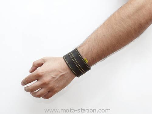 [Geek] Woolf, bracelet anti-radar et son appli Woolf-10