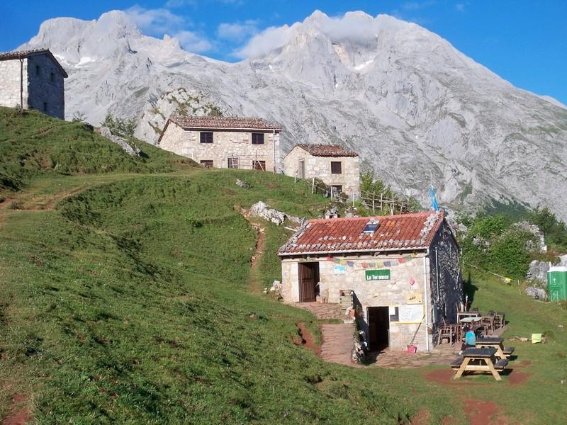 Montañismo: 5-8 de agosto 2016 - Macizo central de Picos de Europa 004_re10