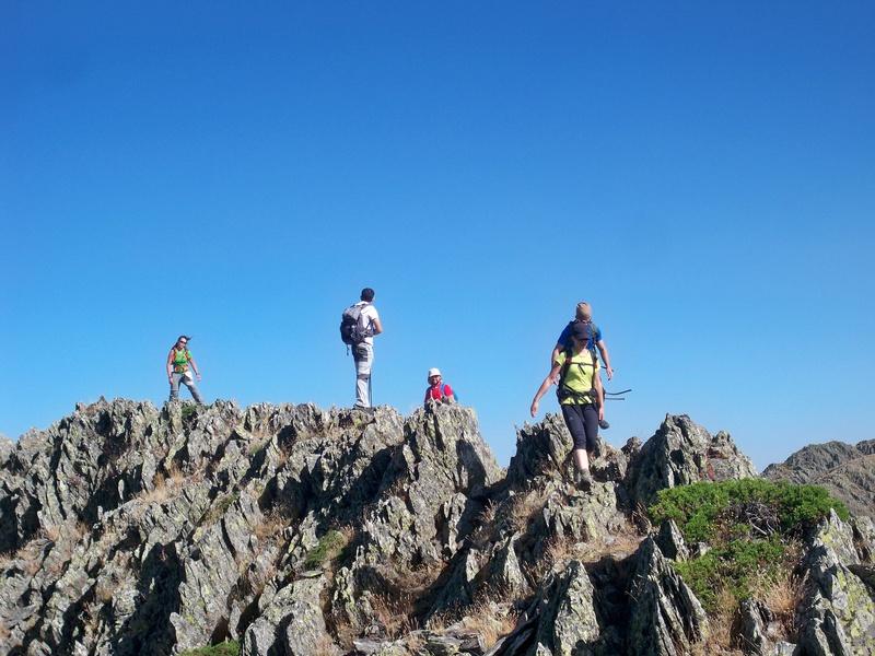 Montañismo: sábado 30 de julio 2016 - Cresta del Dragón y Pico Atalaya (Ayllón) 012_cr10