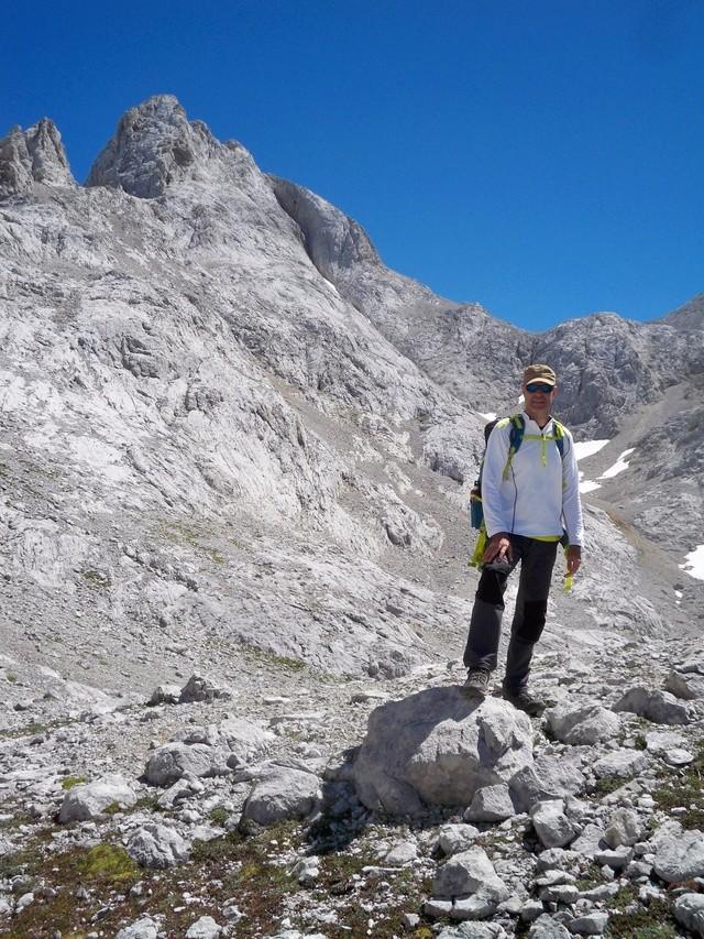 Montañismo: 5-8 de agosto 2016 - Macizo central de Picos de Europa 023_ra11