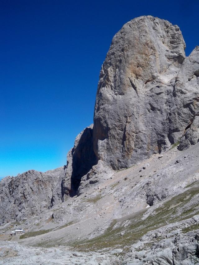 Montañismo: 5-8 de agosto 2016 - Macizo central de Picos de Europa 062_ur11
