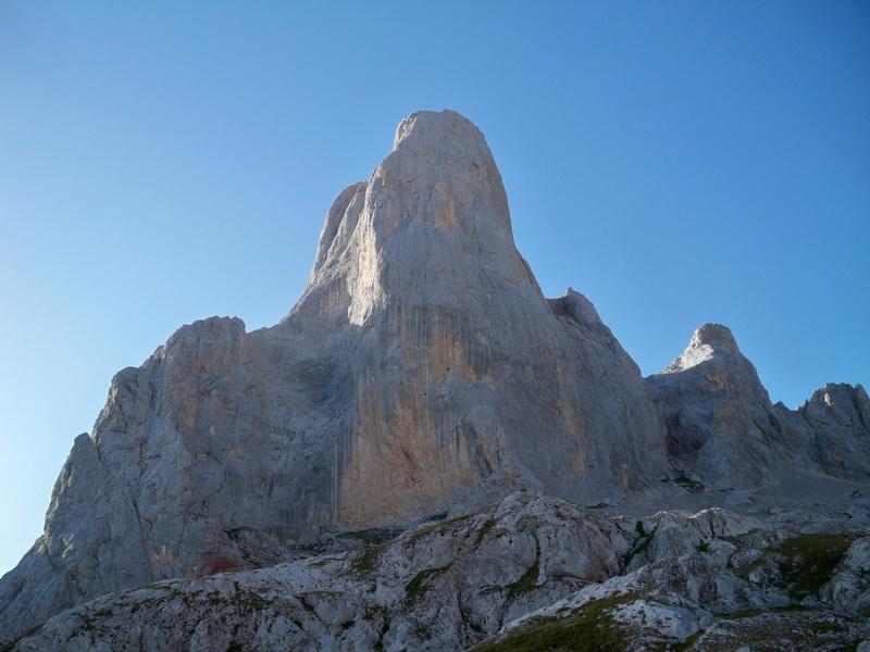 Montañismo: 5-8 de agosto 2016 - Macizo central de Picos de Europa 064_ur10