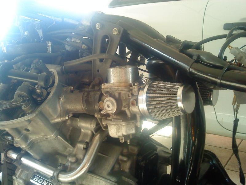 Honda CX 500 en cours  - Page 2 Dsc00018